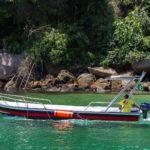 Barco de Apoio para embarque e desembarque